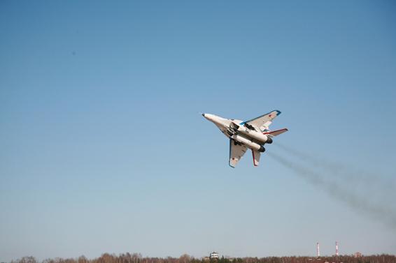 fly fighter jet mig 29 fulcrum mig flight