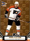 2003 04 FLYERS Pacific Prism Gold 76 John LeClair 425