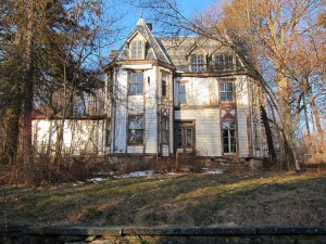 Trumbull-House-Photo11-300x225