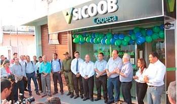 O-prefeito-Alexandre-Von-participou-da-inauguração-da-Cooperativa