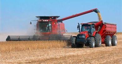 maquina-agricola-foto-reproducao-internet