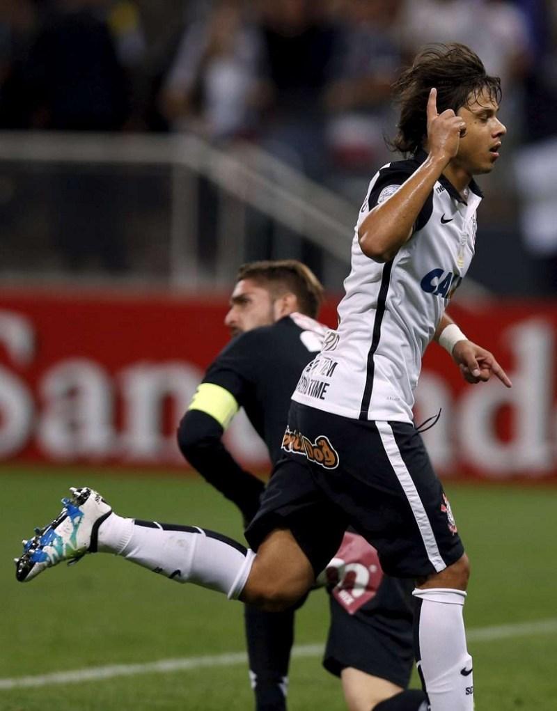 Romero caiu de vez nas graças do torcedor do Corinthians nesta temporada Foto: Reuters