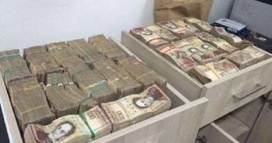 dinheiro boliviano