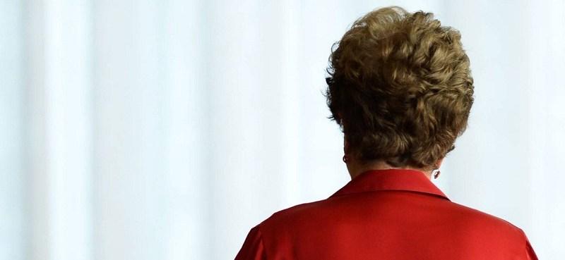 Dilma perde mandato após aprovação do Impeachment