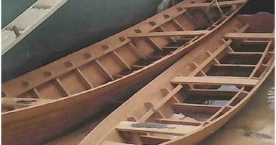 canoas-fabricadas-pelos-ribeirinhos