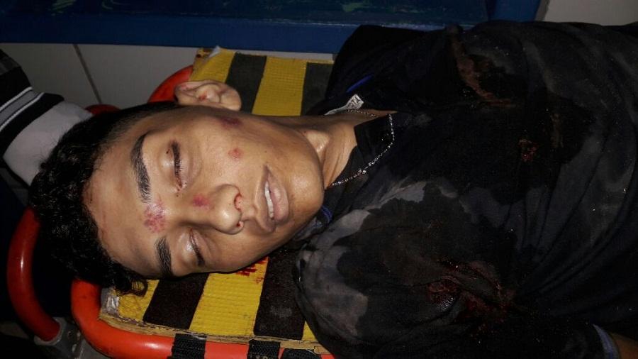 Na Madrugada - Jovem cai de motocicleta, quebra o pescoço e morre na hora