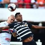 São Paulo empata com Corinthians e não garante classificação