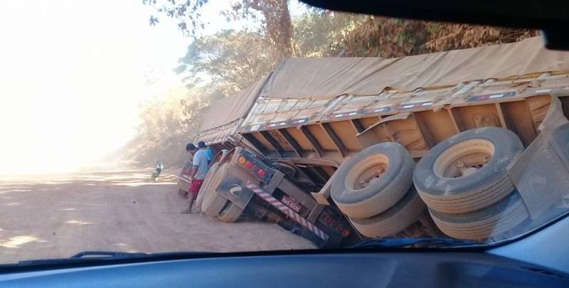 Acidente na rodovia bR-163 -trecho com poeira