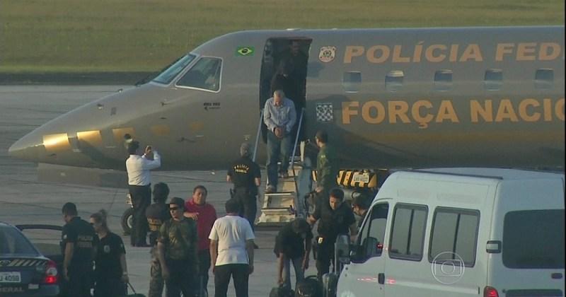 Presos na Operação Castanheira conduzidos no avião da FAB até Belém (Foto reprodução Rede Globo)