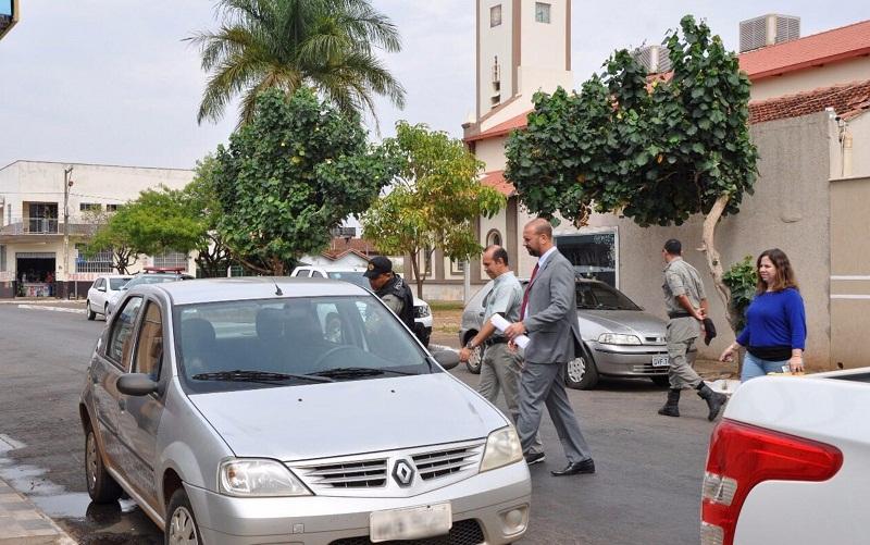 Padre Iran Rodrigo Souza de Oliveira foi preso suspeito de prometer' recuperar virgindade' (Foto: Divulgação/MP)