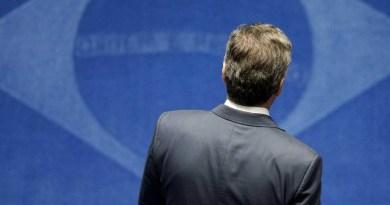 Afastamento de Aécio une Temer, PT e ministros do STF contra decisão