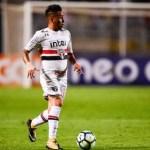 Com primeiro tempo avassalador, São Paulo bate o Flamengo e respira