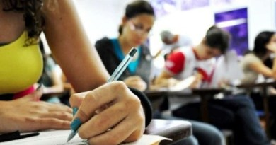 Brasileiros podem estudar em Portugal usando nota do ENEM
