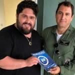 Cesar Menotti, da dupla com Fabiano, faz post e fala sobre pane em avião e momentos de tensão