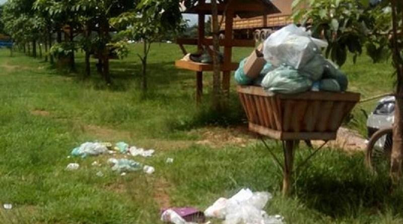 Sem coleta, lixo acumula nas ruas e bairros de Novo Progresso