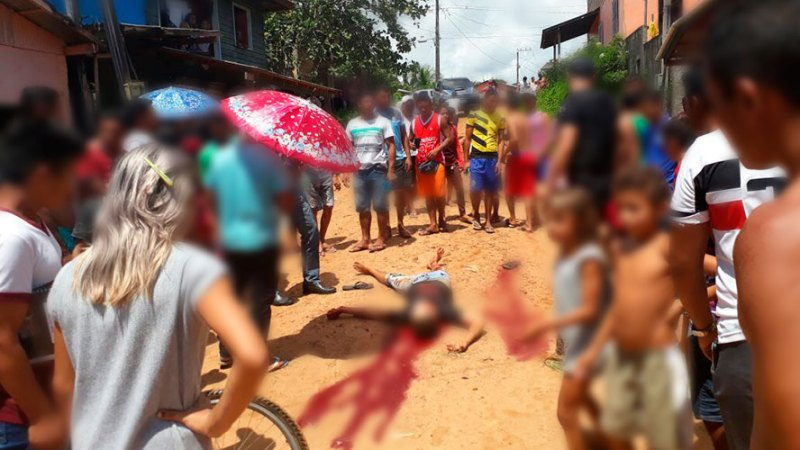 Vítima estava com uma arma branca na cintura e não conseguiu reagir (Foto: Via/WhatsApp)