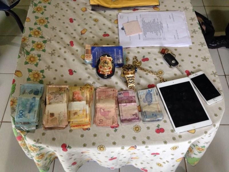 Polícia Federal aprendeu dinheiro e objetos nas residências dos investigados. (Foto: Ascom/ Polícia Federal)