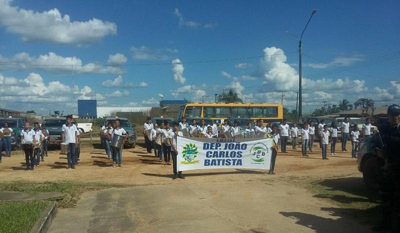 Alunos da escola municipal João Carlos Batista participaram do evento (Foto:Jornal Folha do Progresso)