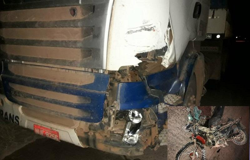 IMAGEM FORTE- Motociclista morre após colidir com carreta na rodovia BR 163 na Vila Isol em Novo Progresso