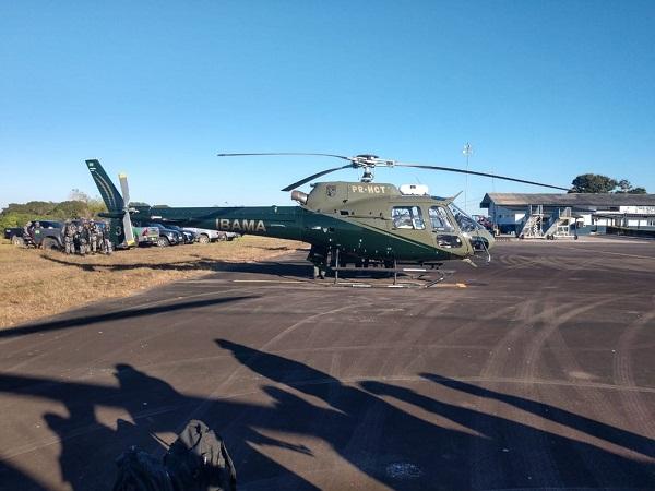 Helicóptero usado na operação em reservas (Foto: DPF/ Divulgação)