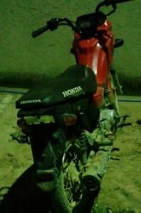 Motocicleta recuperada foi devolvido ao proprietário (Foto:Divulgação Policia)