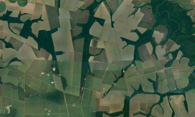 Vista aérea de fazendas no município de Sorriso (MT), líder no ranking nacional de produção agropecuária e de mortes em silos