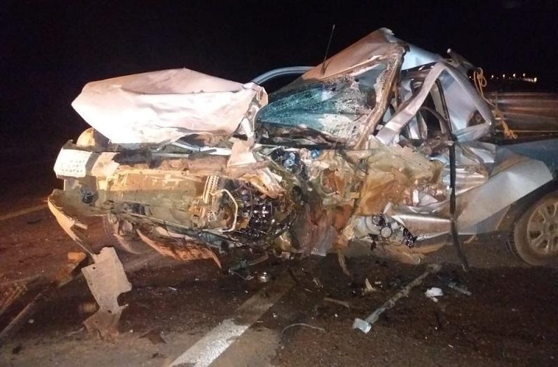 Udenir foi encontrado morto no local do acidente, preso às ferragens da picape (Foto: Olhar Alerta)