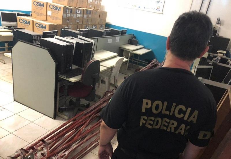 Polícia Federal cumpriu mandado de busca e apreensão na Z-20 para coibir compra de votos — Foto: Gustavo Campos/G1