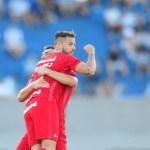 Em despedida, Internacional leva gol no fim e empata com o Paraná