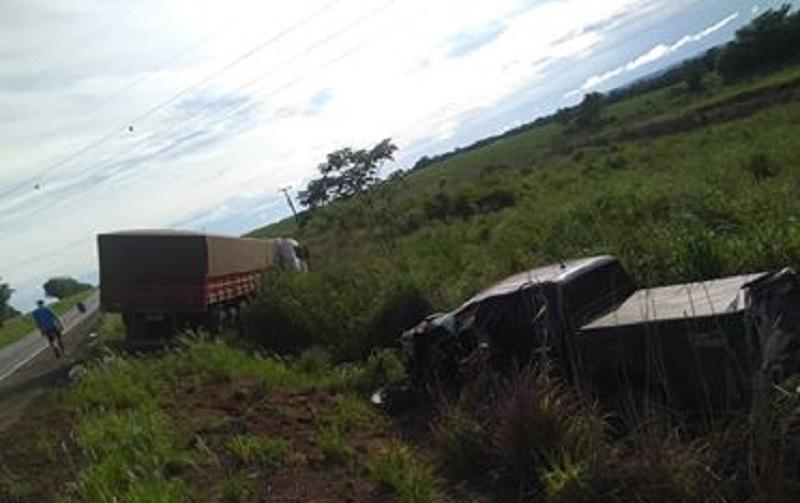 Esta preso motorista que provocou acidente com duas carretas na BR-163-Vídeo