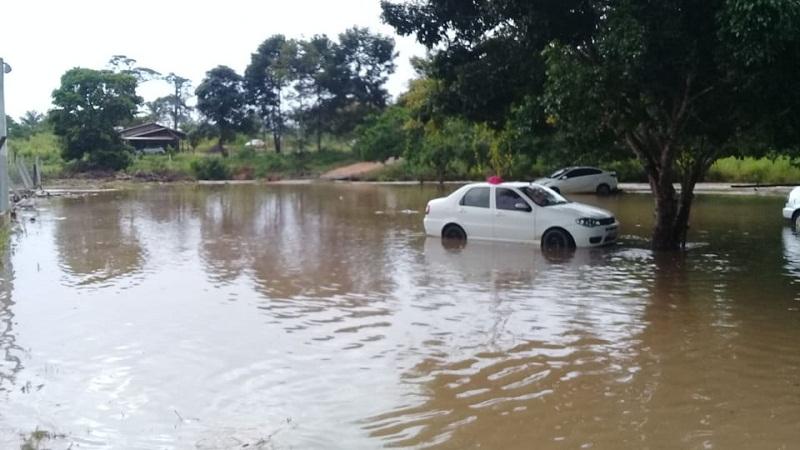 Tromba d'água provocou alagamento em Novo Progresso