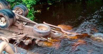 camioneiro morre em ponte