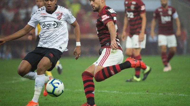 Flamengo-x-Athletico-Paranaense-pela-Copa-do-Brasil--990x556