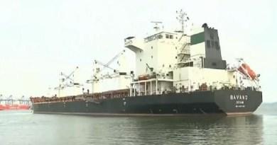 Navio-iraniano-parado-no-porto-de-Imbituba-SC