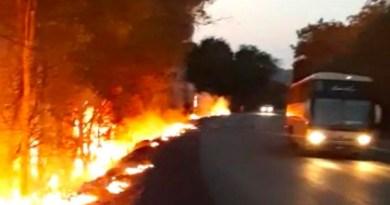 fogo-acidente-carretas-incendiadas-1024x783