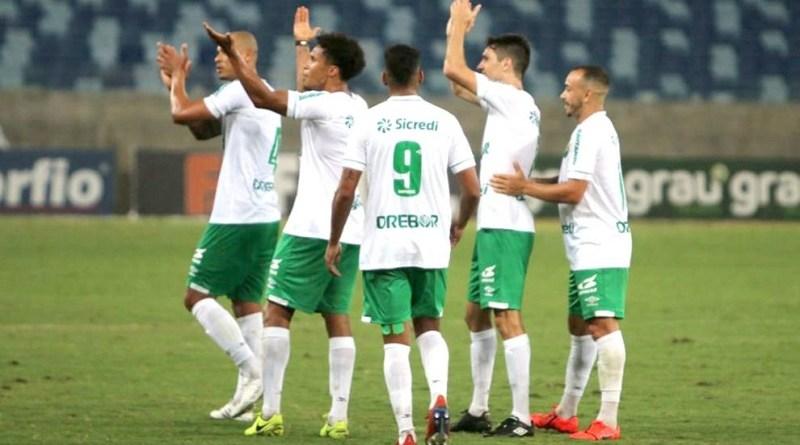 Cuiabá-jogadores-Cuiabá-x-São-Bento-4-agosto-de-2019-assessoria-990x556