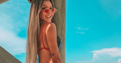 Ex-BBB dá 'puxadinha' no biquíni e sensualiza na web