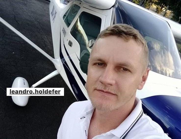 Piloto Leandro Holdefer, vítima da queda da aeronave Bonanza PT AFN na zona sudeste de Teresina (Foto:Reprodução)