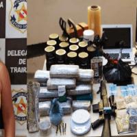 Esposa de homem procurado por assaltos a banco e tráfico de drogas é presa em Trairão