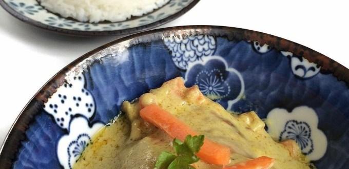 Ricetta - Pollo con red curry, latte di cocco e zenzero
