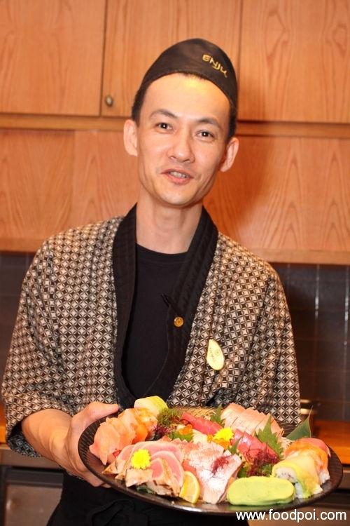 chef-thomas-and-his-creation