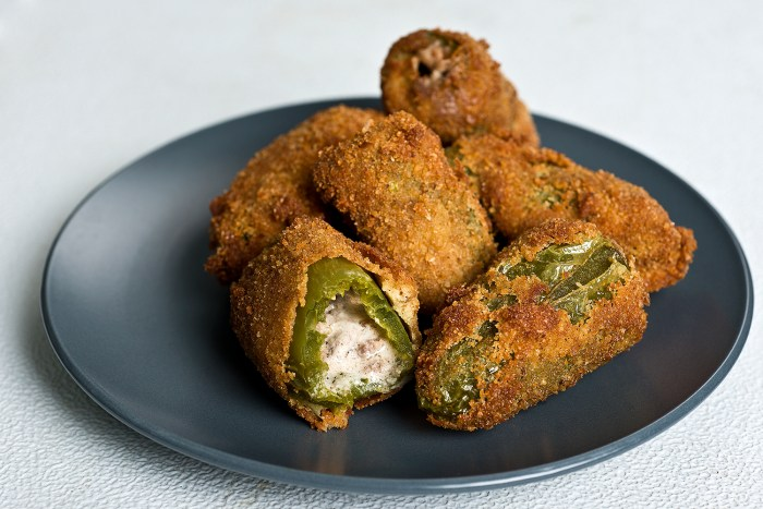 philly cheesesteak jalapeno poppers
