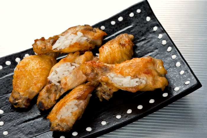 Singaporean Chicken Rice Wings Recipe | Food Republic