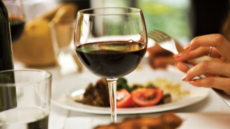 Here are suggestions on wines to enjoy on Thanksgiving with meats, sides and desserts.