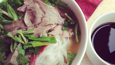 How To Eat A Bowl Of Pho Like You Know What You're Doing