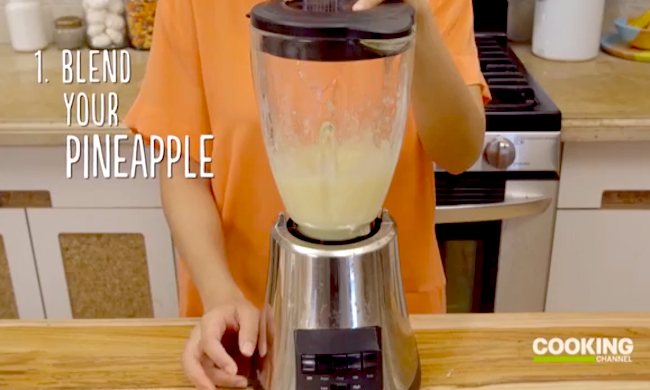 Video: The Easiest Piña Colada Ice Pops Recipe