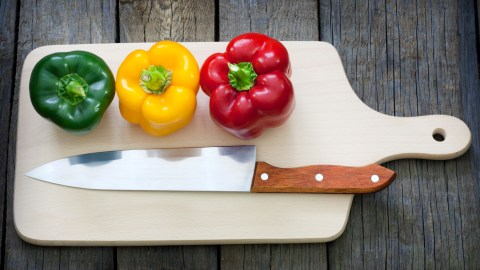 Should I Use A Wood Or Plastic Cutting Board?