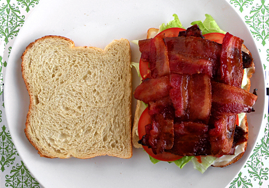 Your Daily Lunch Hack: Bacon Weave BLT