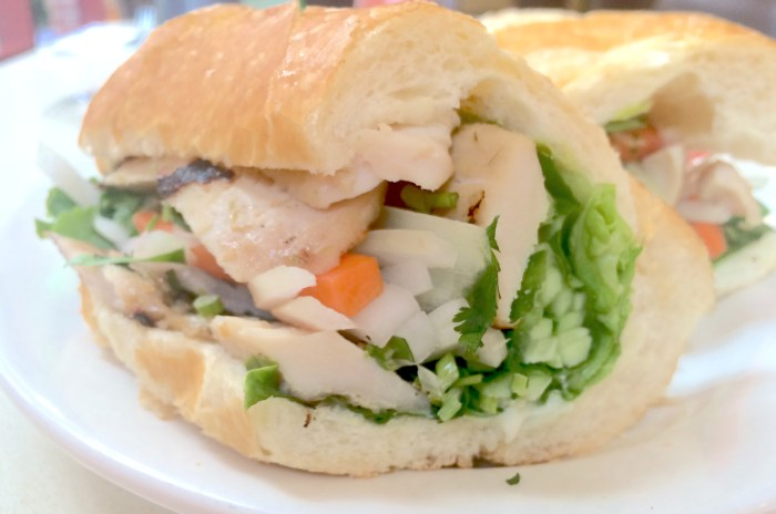 easy chicken banh mi