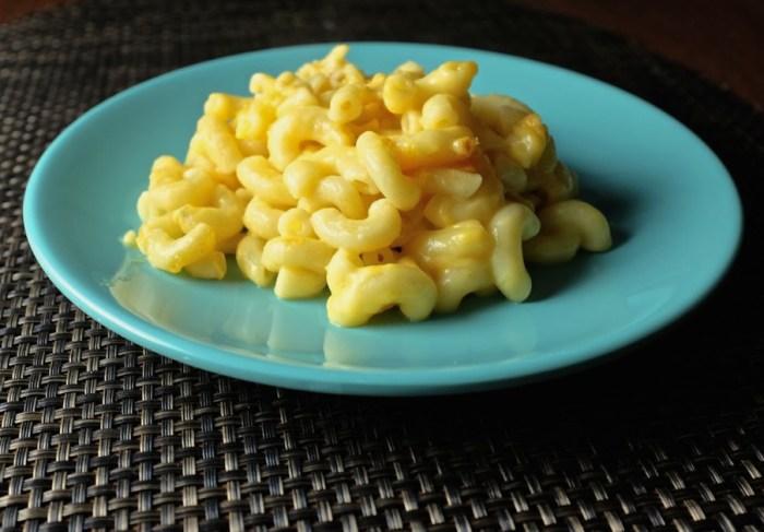 Vegans rejoice dairy free stovetop mac n cheese recipe food republic forumfinder Gallery
